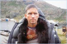 Jim_Caviezel_Kainan_in_Parka_thumb